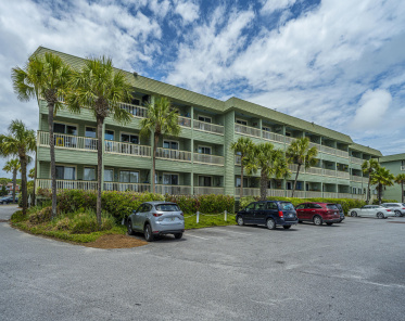 Sea Cabin On The Ocean Homes For Sale - 1300 Ocean, Isle of Palms, SC  - 1