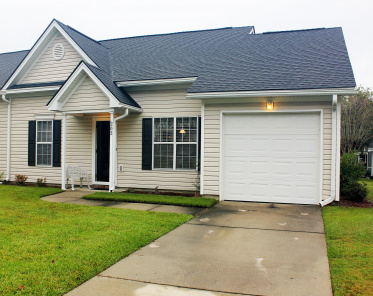 Oakbrook Commons Homes For Sale - 202 Dupont, Summerville, SC  - 1